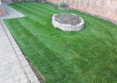 top-lawn-company-staffordshire-caring-for-your-lawn-01