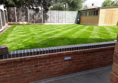 top-lawn-company-staffordshire-caring-for-your-lawn-03